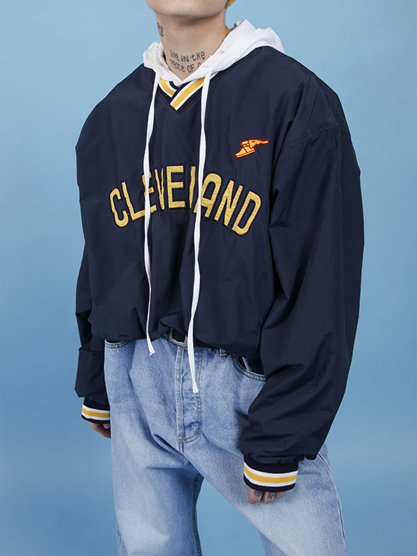 cleveland boxy sweat shirt (2 color) - UNISEX